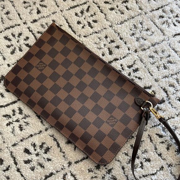 Louis Vuitton Neverful Pochette